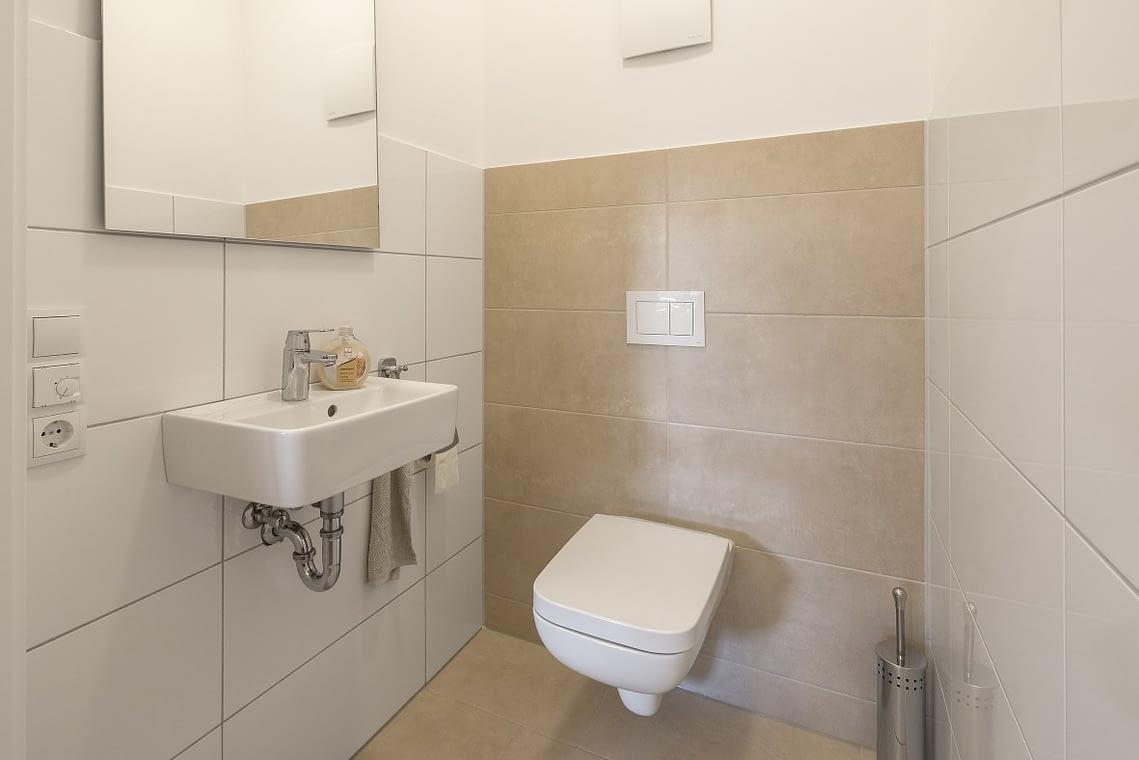 Gaeste-WC in der Ferienwohnung am See in Bad Zwischenahn