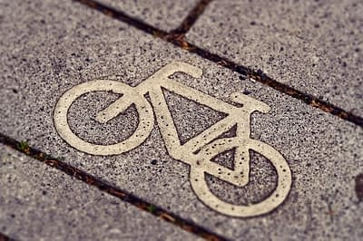 cycle-path-3444914_640